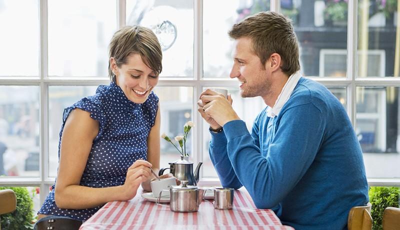 Что говорить женщине при первом знакомстве